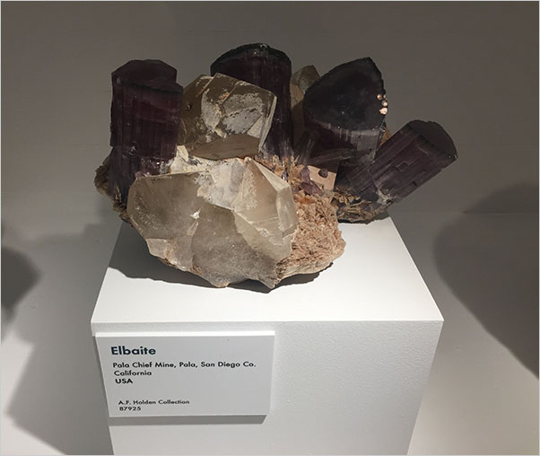 Elbaite photo image