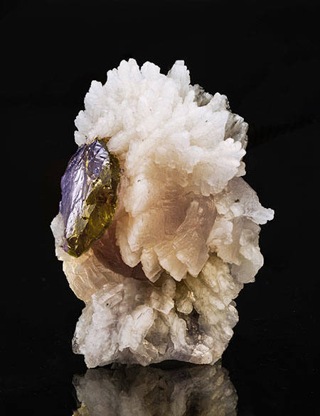 Prehnite and Tanzanite photo image