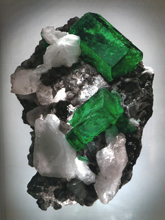 Emerald with Calcite photo image