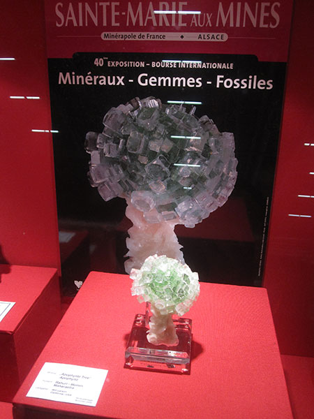 Apophyllite Display photo image
