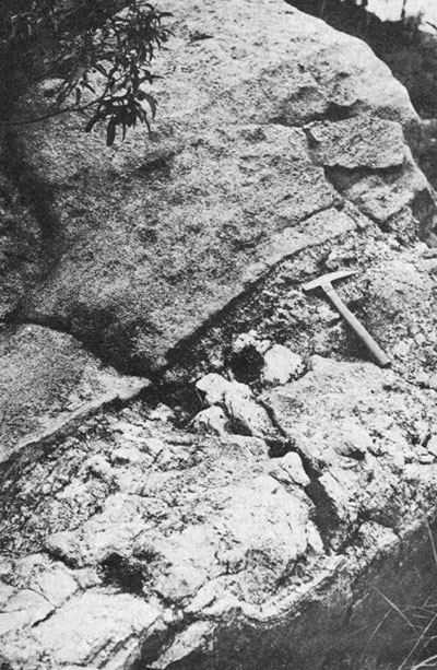 Pegmatite Mass photo image